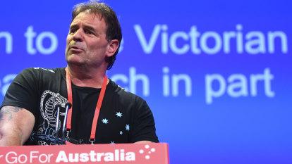 Setka won't step down, blames 'dirty ALP politics' for Batty furore