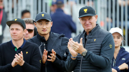 Presidents Cup day one as it happened: Tiger Woods takes to Royal Melbourne