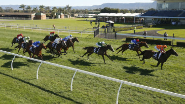 Racing returns to Kembla Grange on Thursday with an eight-race card.