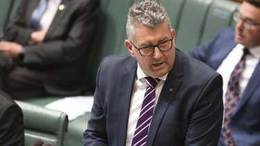 Resources Minister Keith Pitt's has enacted new laws to ensure offhsore petroleum producers foot the bill for decommissioning their rigs.