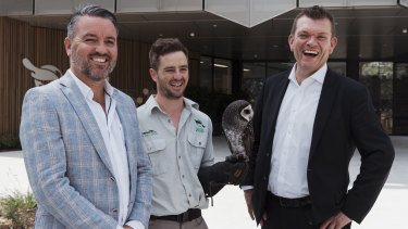 Director of Wildlife Conservation and Science Simon Duffy with University of Sydney Pro-Vice-Chancellor (Education) Professor Richard Miles at the Taronga Zoo's Institute for Science and Learning.