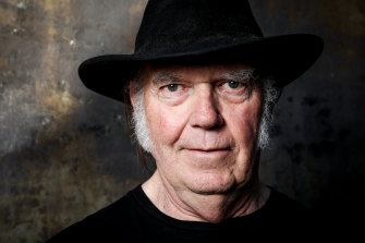 Neil Young is suing US President Donald Trump's campaign apparatus.