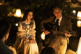 Cristin Milioti and Billy Magnussen star in Made for Love.