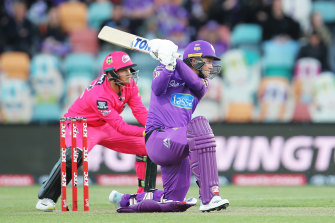 Seven and Cricket Australia are at odds over ratings for the BBL season opener between the Sixers and Hurricanes.