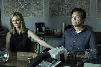 Ozark starringLaura Linney andJason Bateman is a Netflix original series.