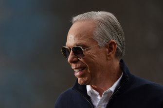 US designer Tommy Hilfiger is launching a line of accessible clothing.