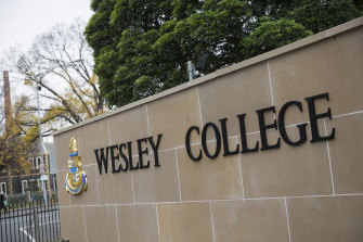 Students from Wesley College were reported to have made offensive comments about women while on a bus.