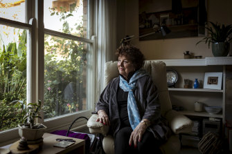 Lynette Luther was alarmed to learn her breast cancer may be linked to her type 2 diabetes.