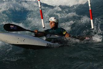 Kayak slalom favourite Jessica Fox said paddling during her heats was like 'paddling in bathwater'.
