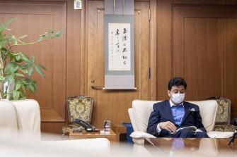 岸信夫日本の防衛相。