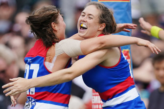Danielle Marshall's first kick in AFLW was a goal.