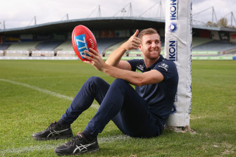 Carlton footballer Sam Docherty has had treatment in the US on his injured knee.