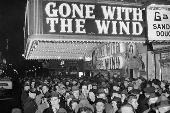 A large crowd at the premiere of Gone With the Wind in New York in 1939.