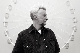 The lockdown merry-go-round informed Billy Bragg's first studio album in eight years.