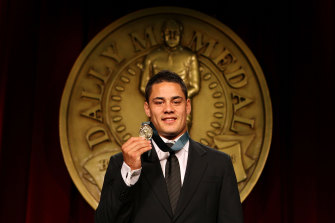 Hayne collects the first of his two Dally M Medals in 2009.