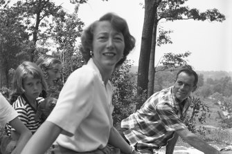 A Fonda family picnic. Jane would lose her mother Frances the following year.