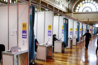 The Royal Exhibition Building vaccination hub in Carlton on Saturday.