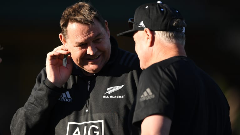 Sideshow: New Zealand coach Steve Hansen and Michael Cheika traded barbs on Thursday