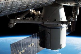 Can Australia create a space agency that will participate in lunar colonies and space stations?