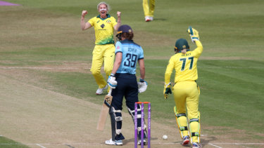 Australia's Delissa Kimmince takes the wicket of England's Natalie Sciver.