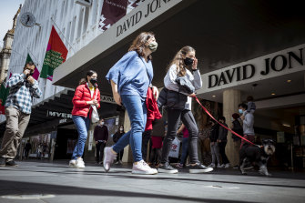Foot traffic was up in Melbourne's CBD on Sunday as customers emerged from months of lockdown.