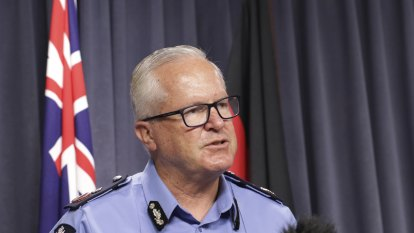 WA top cop wants new stop and search laws to 'wipe out' meth supply at interstate border