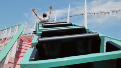A roller coaster fanatic was too overweight to ride. It motivated him to lose 88 kgs
