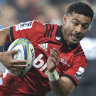 Mo'unga shrugs off controversial week to guide Crusaders past Blues