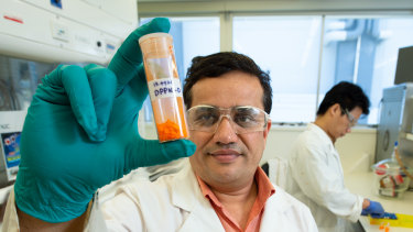QUT Professor Prashant Sonar is using organic pigments to make transistors.
