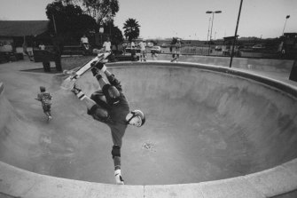 Tony Hawk practises his moves at the Del Mar skateboard ranch in 1987.