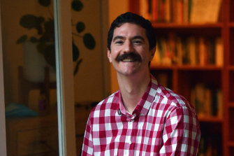 Humanities teacher Steven Kolber says history should be taught with an inquiry-based approach, not as a closed loop.