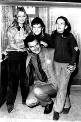 As president of the ACTU, Bob Hawke, was named Victoria's father of the year, 1971. Pictured with his children Susan, Stephen and Rosslyn.