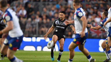Pinpoint: Shaun Johnson goes to the air again.