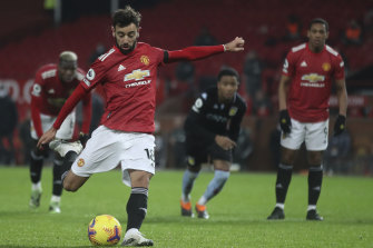 United's Bruno Fernandes scores Manchester's match-winning goal from a penalty.