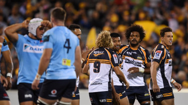 The Waratahs have fallen to the Brumbies 19-13 in Canberra.