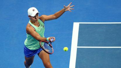 Barty fights her way past Muguruza, Djokovic maintains winning streak