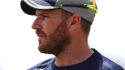 All eyes on England as Australia hope to return to the field
