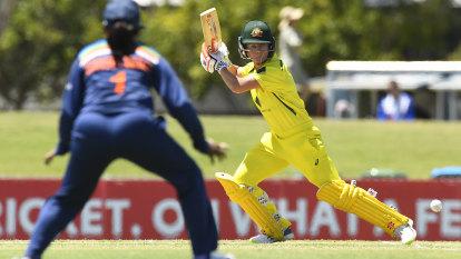 Nervous wait for elite women's cricket after COVID-19 outbreak