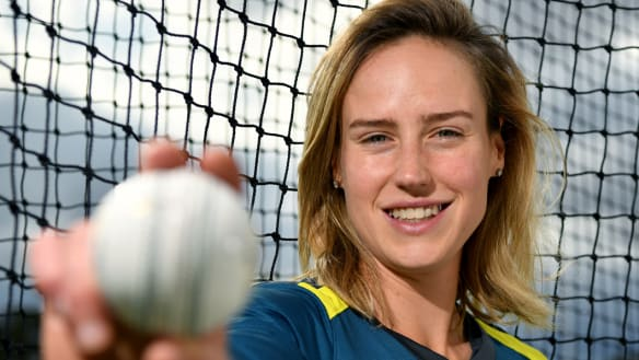 Ellyse Perry first Australian to reach cricketing milestone
