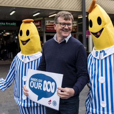 Tim Murray with B1 and B2 at a Save Our ABC event at Bondi Junction.