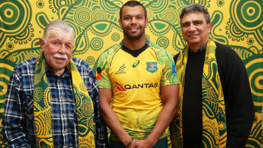 'A great sense of pride': Lloyd McDermott with Kurtley Beale, in the Indigenous jersey, and Gary Ella last October.