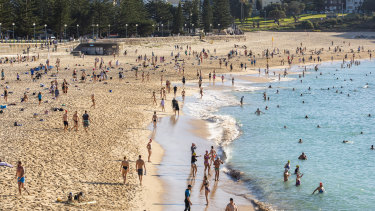 Crowds flocked to Coogee Beach on Anzac Day.