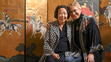 Takako Comber (left), 91, and Gill Shaddick, 72, who lived together in Hong Kong 45 years ago.