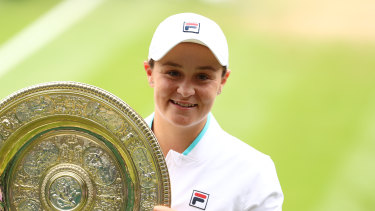 Ash Barty is the 2021 ladies' singles champion.