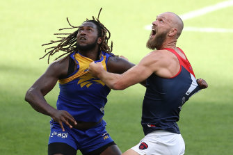 Nic Naitanui and Max Gawn contest the ruck during round one.
