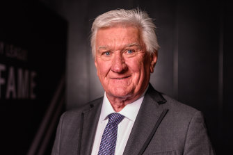 Channel Nine commentator Ray Warren.