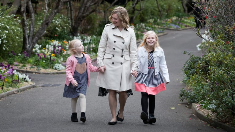 Sarah Weir with her daughters, Evie, 6, who died of cancer, and  her sister, Alicia, 8, in Sydney last year.