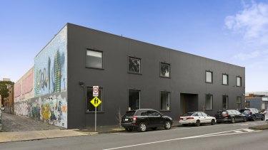 A 1165 sq m warehouse has leased to teak furniture supplier Jati Furniture.