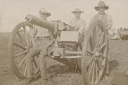 Members of the 1st NSW Mounted Rifles beside a 1-pound 'pom-pom' gun, used extensively in the Boer War.