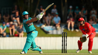 Grace Harris of the Heat bats during the WBBL semi-final against the Melbourne Renegades at the Allan Border Field on Saturday.
